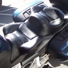 BMW K1200GT: Day-Long Dual Seat All Vinyl | Rectangles