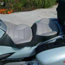 BMW R1200RT: Dual/ Medium Grey Inserts/ Black Sides rectangles.
