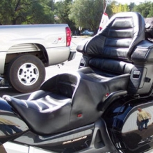 Honda GL 1800: Dual Black Leather with Rectangles