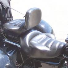 Honda Valkryie Trike: Dual Saddle with Black Vinyl -Rectangle Pattern