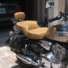 Triumph Thunder Dual all Tan Leather with Small Diamond pattern