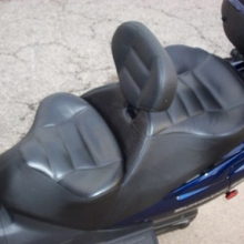 Suzuki Burgman: Dual All Vinyl with RCP Backrest