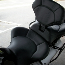 Yamaha Super Tenere Dual all Black Vinyl with Halfmoon pattern and RCP Built-in Drivers Backrest
